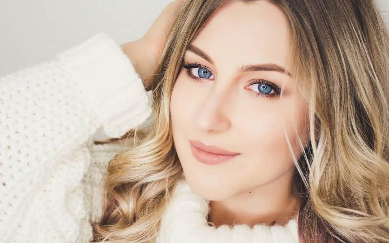 Tips Makeup Alami Agar Tampil Lebih Cantik