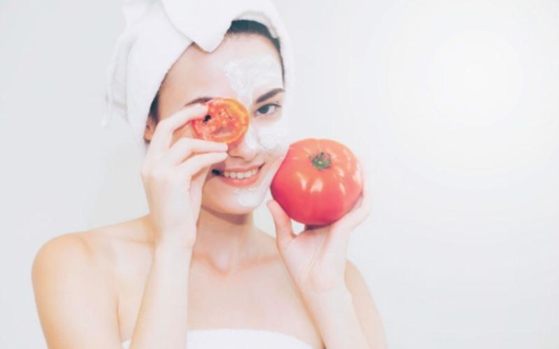Manfaat Tomat Wajah